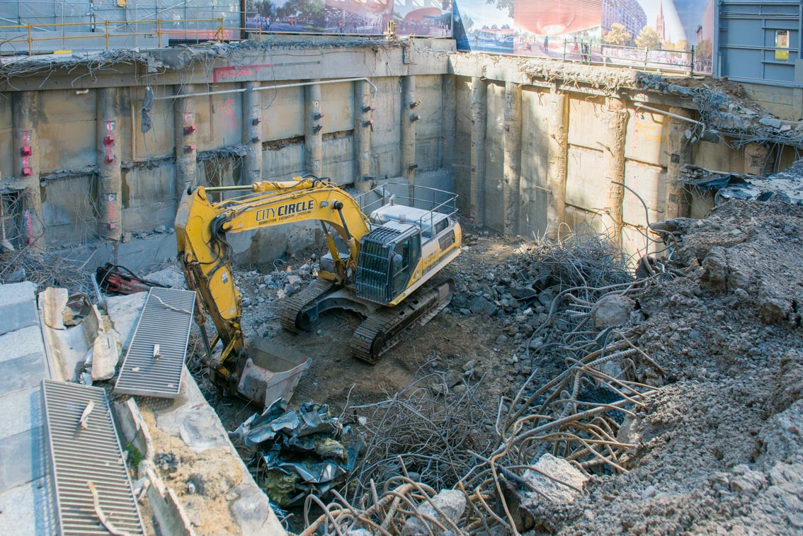 Excavation works inside the City Square work site, December 2017.