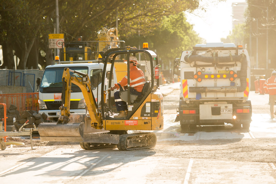 Mini excavator during works on Domain Road, December 2017.