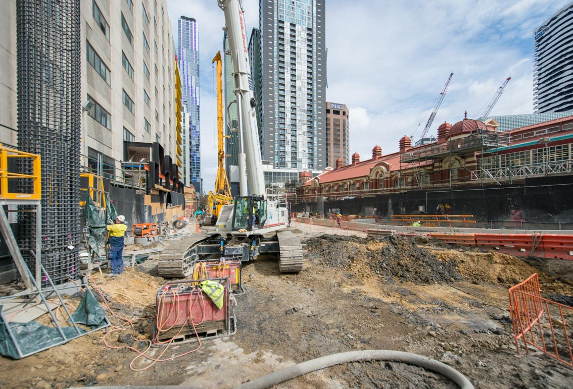 Franklin Street piling works, September 2017.